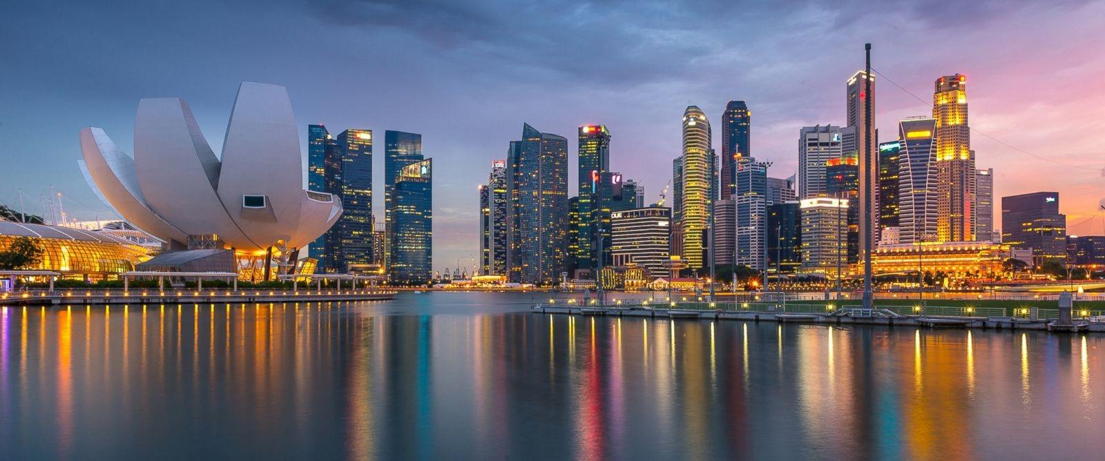 Surprising Singapore